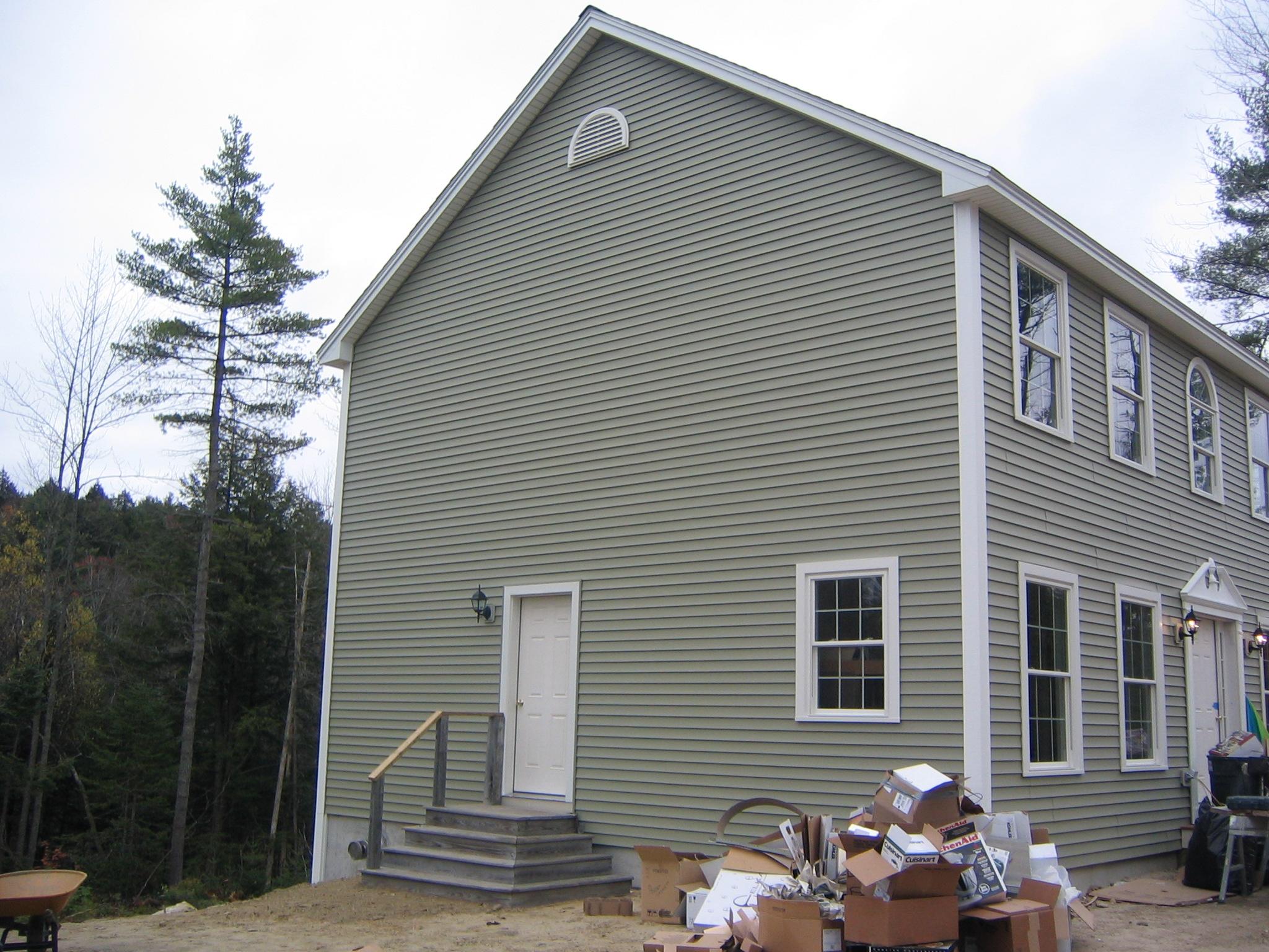 2004-049